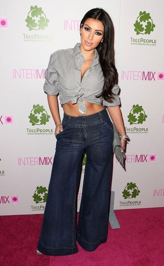 How to Style With Plus Size Flare Jeans,Plus Size Flare Jeans,Kardashian sister Kim,flare jeans
