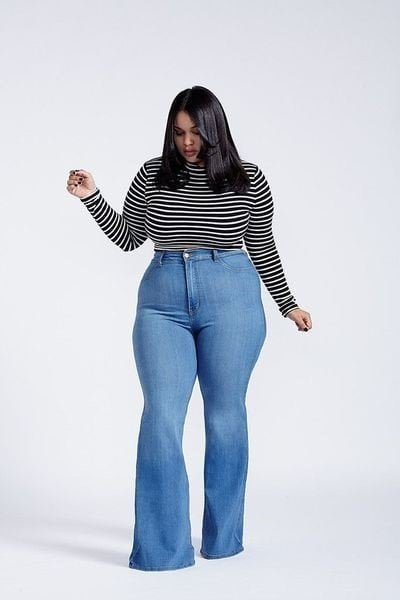 How to Style With Plus Size Flare Jeans,old navy plus size flare jeans, stripes full sleeved t-shirt,