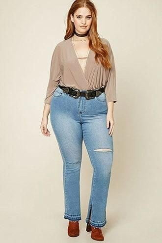 How to Style With Plus Size Flare Jeans,plus size flare jeans,jeans for chubby women