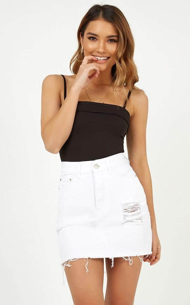 White Denim Skirt with black t shirt, White Denim Skirt