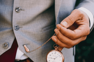 how to wear pocket watch
